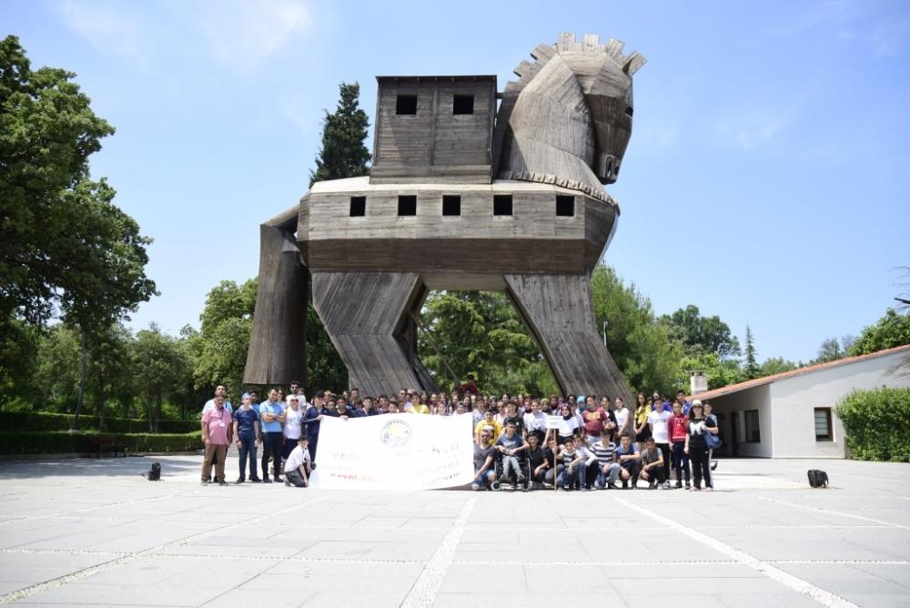 Dördüncü Yakakent Belediyesi İlçe 8. Sınıf Öğrencileri Çanakkale Gezisi