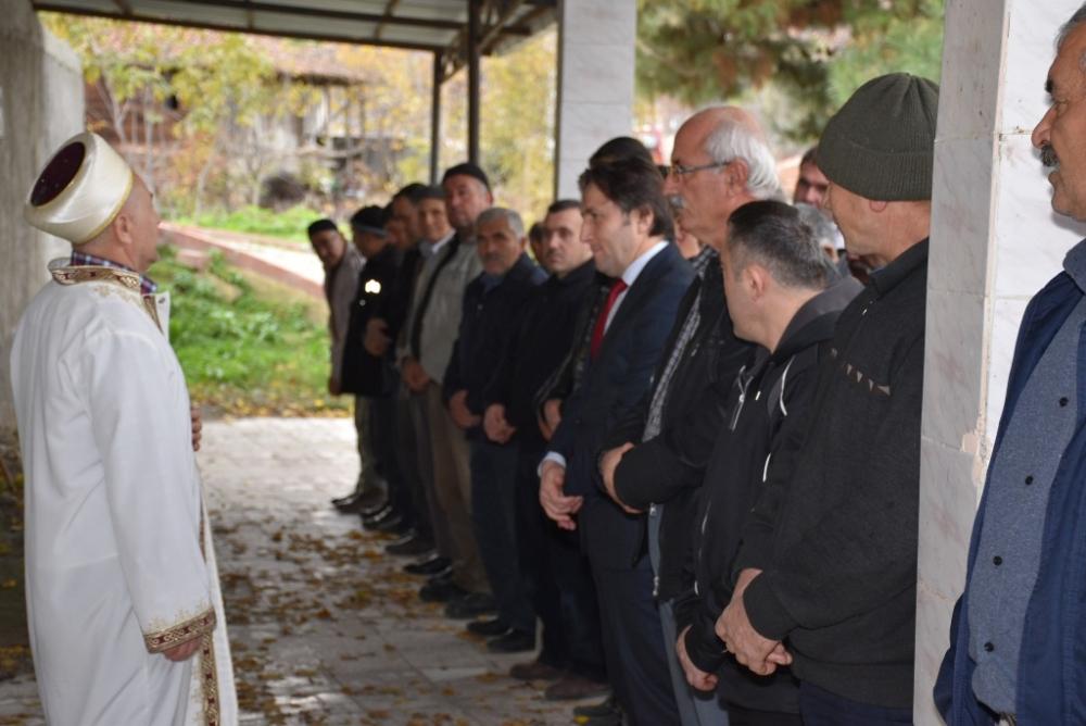 Ahmet AYNUR'un Cenazesine Katıldık