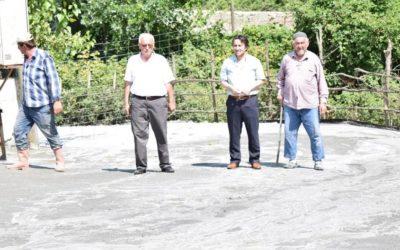 Yeşilköy Mahallesi Dumanlı Mevkii Beton Yol Çalışmalarına Başlanılmıştır.