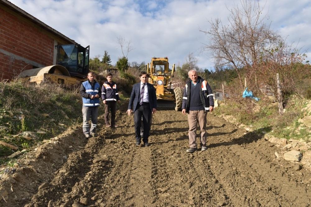 Merkez Mahallesi Çığlık Mevkii Stabilize Yol Çalışmalarına Başlandı