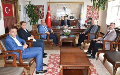 Samsun Gençlik ve Spor İl Müdürü İsmail Kasapoğlu ve beraberindekiler Belediye Başkanımız Hüseyin Kıyma'yı ziyaret etti.