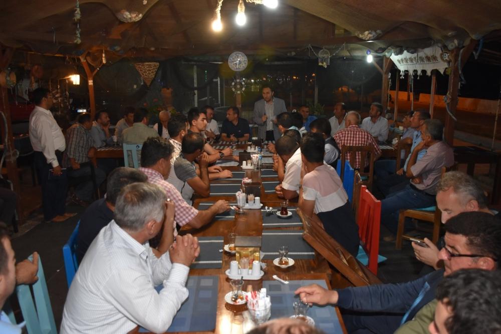 Yakakent'in Grup Yolu ve Su Sorunları Hakkında İstişare Toplantısı Yapıldı