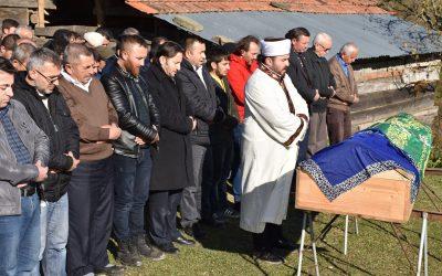 Vefat eden Hacer Temizsoy'un ailesine taziyede bulunduk
