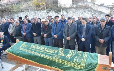 Vefat eden Fezil Öztürk'ün ailesine taziyede bulunduk
