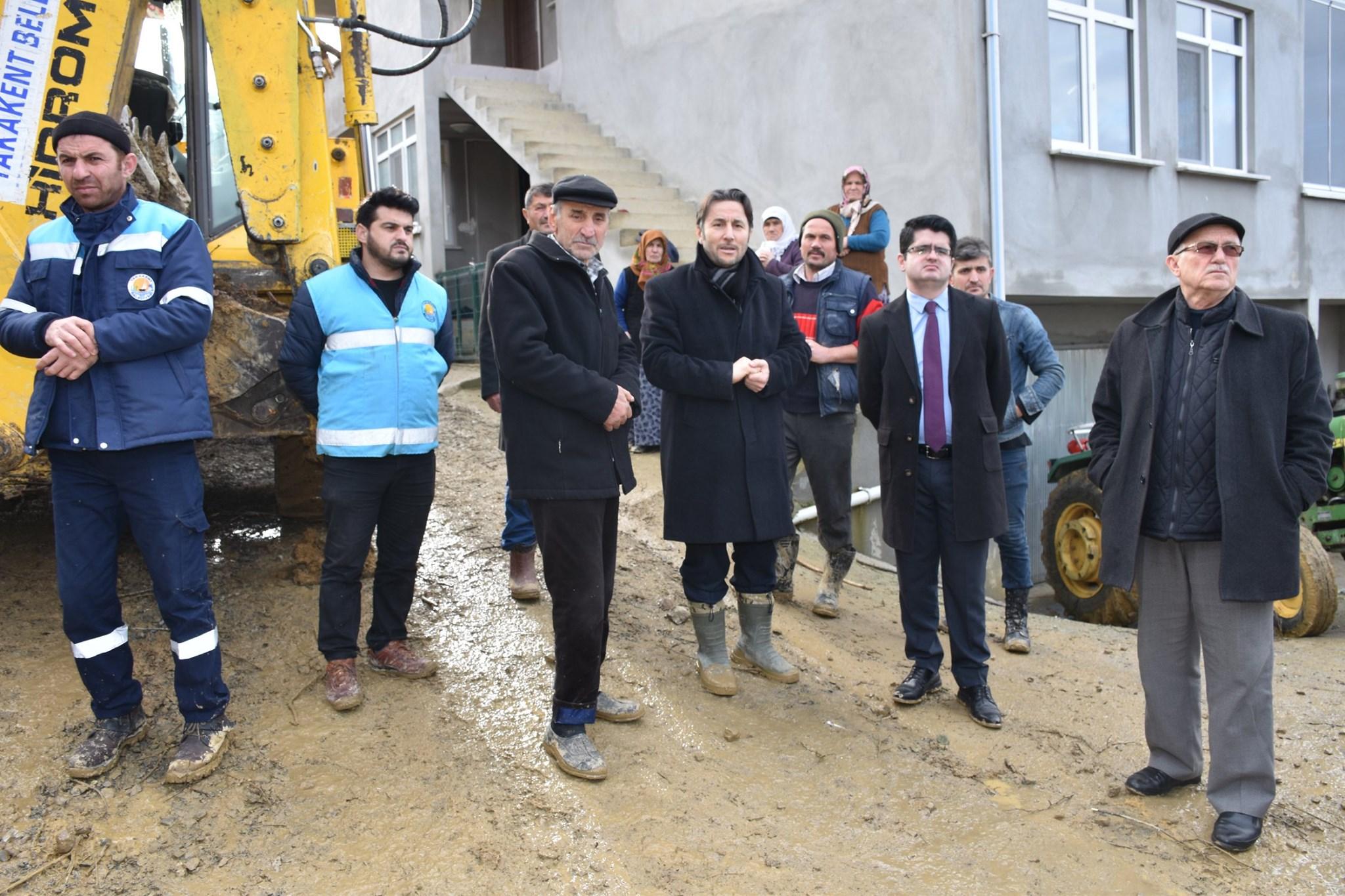 Belediye Başkanımız  Heyelan Çalışmalarını Yakından Takip Etti.