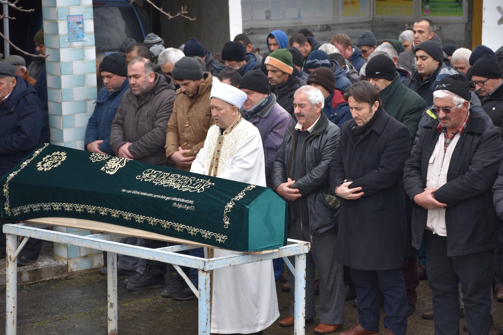 Vefat eden Ekrem Arslan'ın ailesine taziyede bulunduk