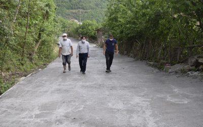 Kuzören Mahallesi Merkez Sokakta Beton Yol Çalışmaları Devam Ediyor