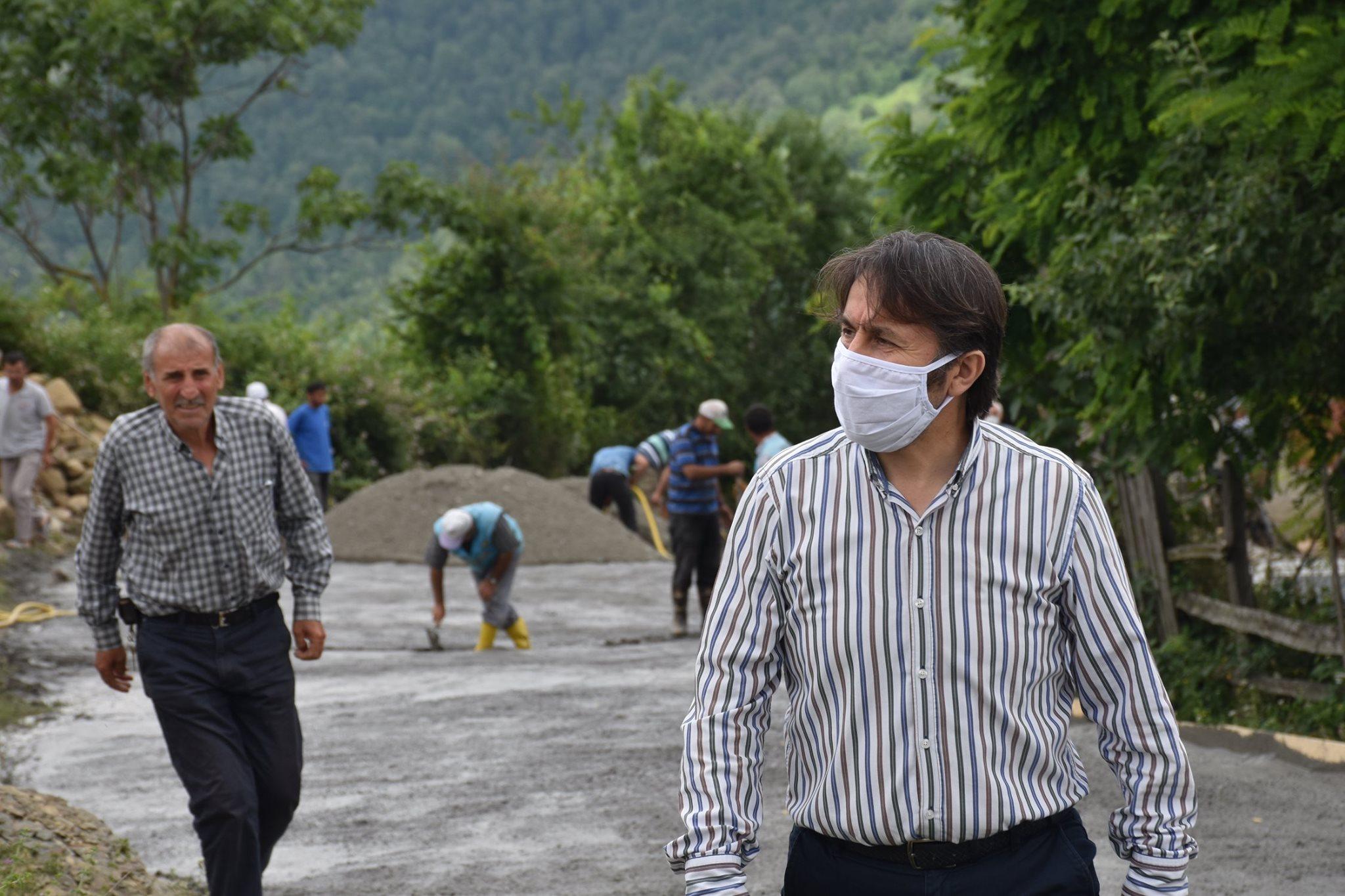 Belediye Başkanımız Hüseyin Kıyma, Beton Yol Çalışmalarını yerinde İnceledi