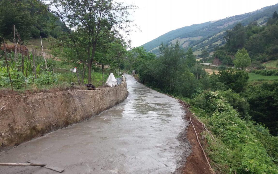 Yeşilköy Hıdır Mahallesindeki Beton Yol Çalışmalarımızı Tamamladık.