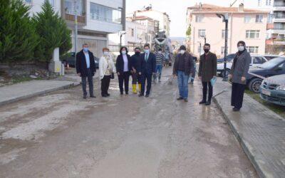 Belediye Meclisi Beton Üst Kaplama Çalışmalarını İncelediler
