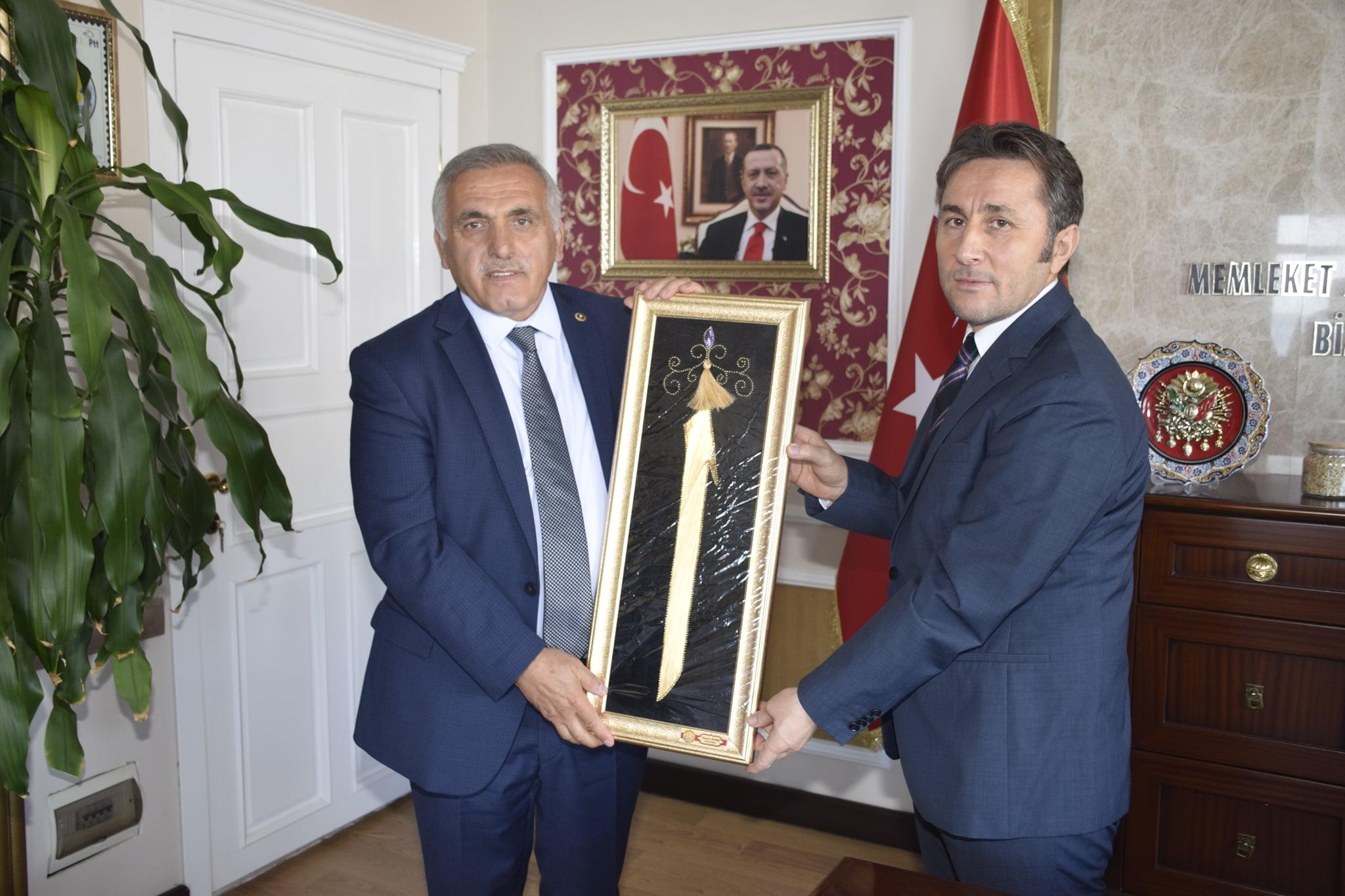 AK Parti Genel Merkez Yerel Yönetimler Başkan Yardımcısı ve Bölge Koordinatörü Sn. Ali İnce'yi belediyemizde ağırladık.