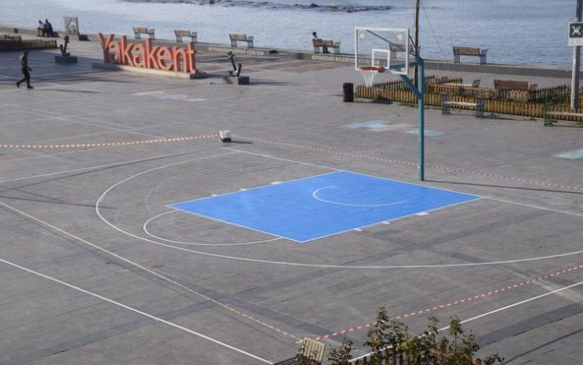 İlçemiz Cumhuriyet Meydanına Basketbol Sahası Yapıldı