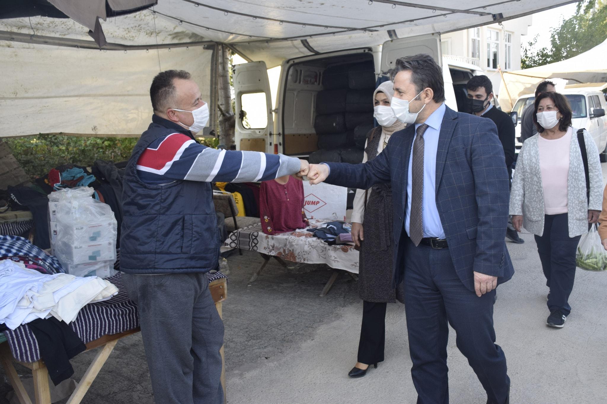 Belediye Başkanımız Hüseyin KIYMA Pazar Esnafını Ziyaret Etti